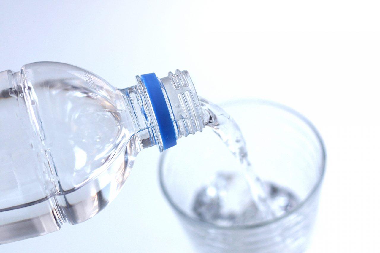 【水は常温保存で何日持つ?】保存方法や期間などについて調べてみた